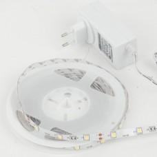 - STRIP LED 3MT 3000K 18W 810LM 12V 90LED 5050 CON DRIVER INCLUSO - INTEC